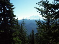 Mount Rainier from trail to Noble Knob