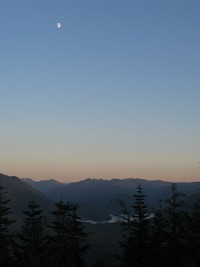 Rattlesnake Mountain moon