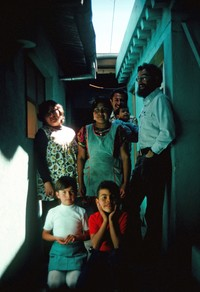 1976 01 Huehuetenango familia and Alex 01