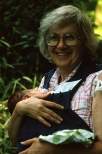 1982 06 Mom and Scott 01