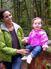 summer and zizi on wallace falls trail