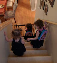 tday 2016 girls on the stairs